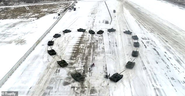 Russian Soldier Proposes To Girlfriend Arranging 16 Tanks (See What He Did)