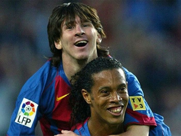 WOW!! Messi Hired Lawyers And Ready To Pay €4million (1.6 Billion Naira) To Get Ronaldinho Out Of Prison