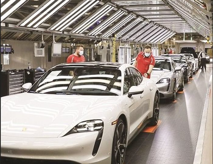 CORONAVIRUS CAN'T STOP IT!! Porsche To Restarts Manufacturing Today