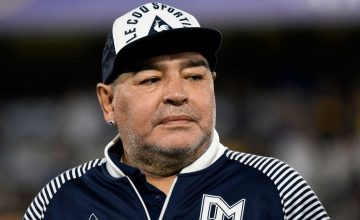 Police Raids Diego Maradona's Doctor's Home as Death Probe Launched