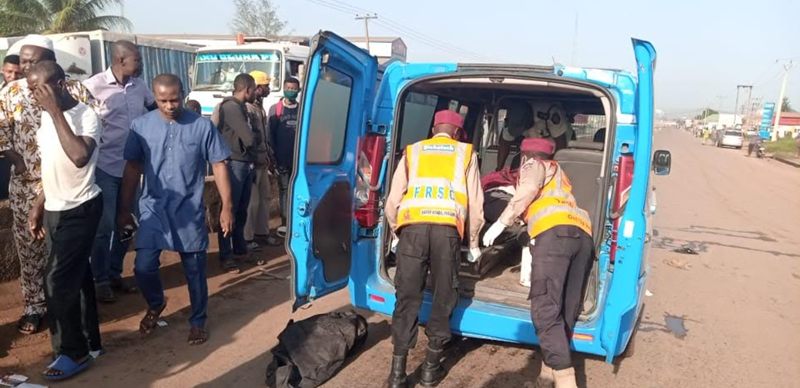 Five bodies recovered from Rivers road crash involving wedding guests